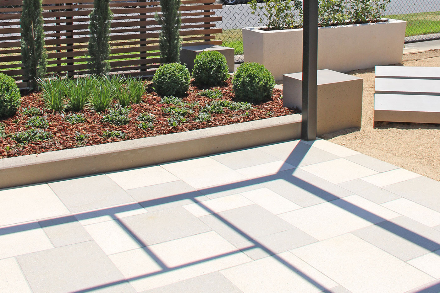 Difference Between Concrete Pavers and Solid Concrete